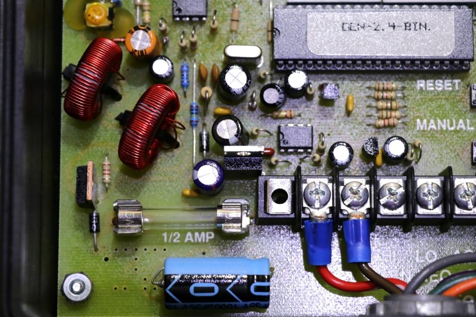 USED RV #9030 SUN SELECTOR GENMATE AUTO GENERATOR START FOR SALE Generators