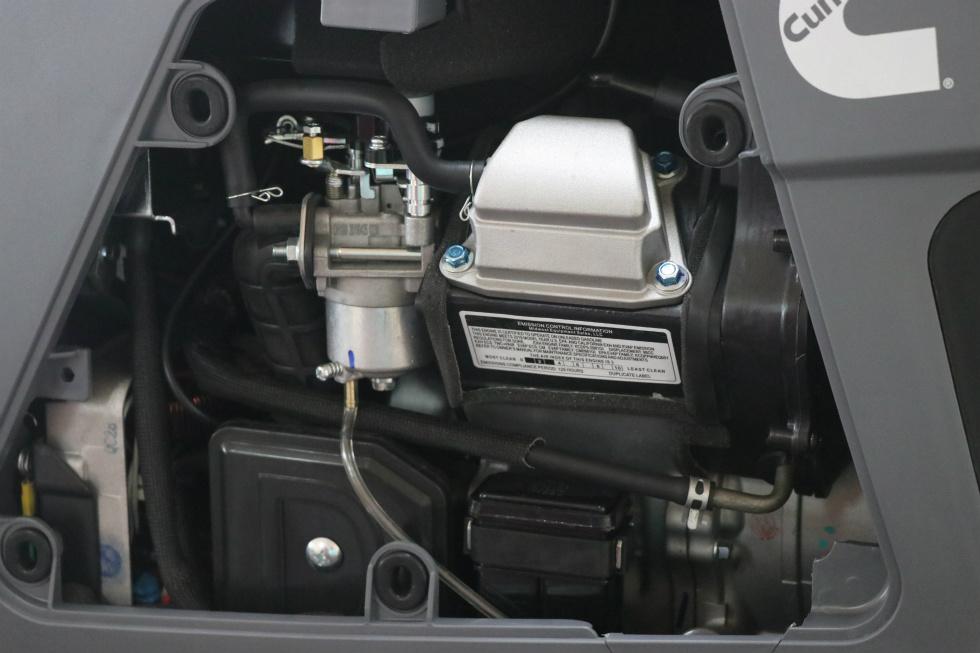 ONAN P2500i 2500 WATT DIGITAL INVERTER GASOLINE PORTABLE GENEARTOR FOR SALE Generators