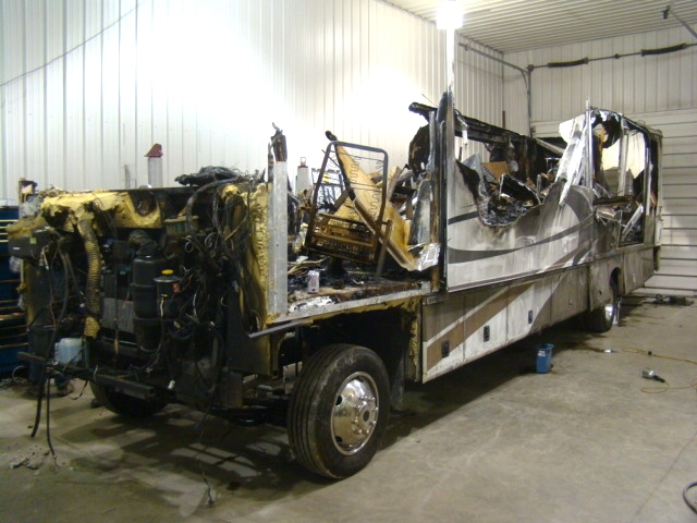 2005 GEORGETOWN FOREST RIVER 37FT 2-SLIDE USED PARTS - PARTING OUT  RV Exterior Body Panels
