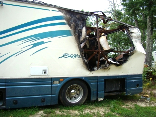 2001 ISLANDER BY NATIONAL MODEL 9400 PARTS UNIT - RV PARTS FOR SALE  RV Exterior Body Panels