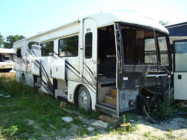2001 AMERICAN DREAM BY FLEETWOOD.USED PARTS FOR SALE.  RV Exterior Body Panels