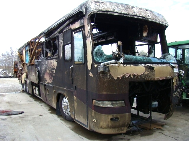 2001 MONACO EXECUTIVE PART FOR SALE / SALVAGE MOTORHOME USED PARTS  RV Exterior Body Panels
