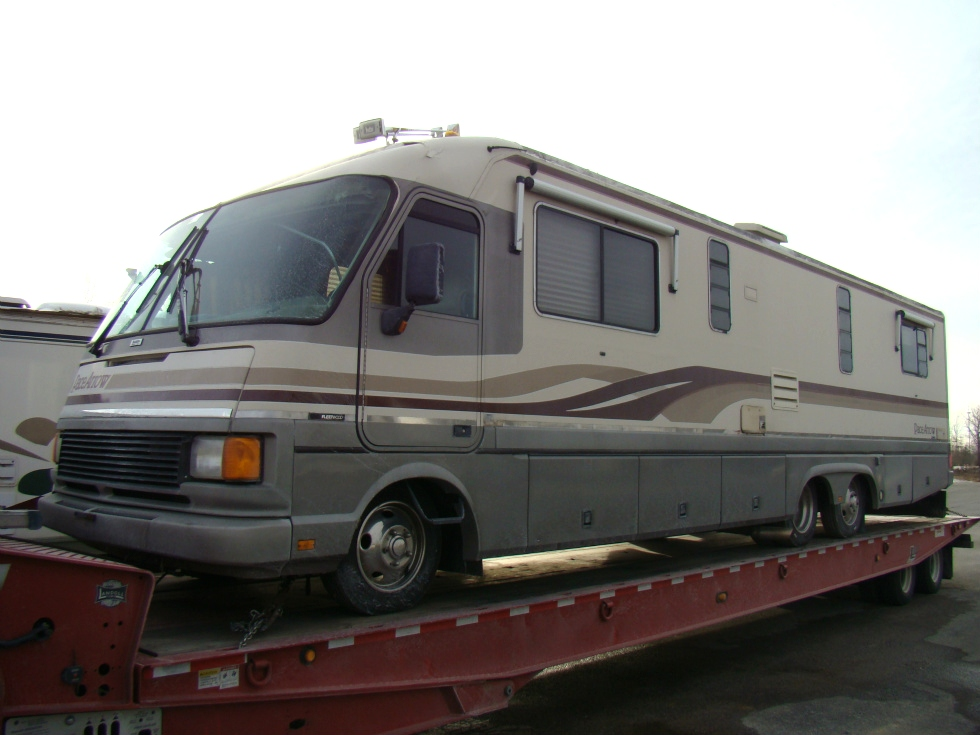 1994 FLEETWOOD PACE ARROW PARTS  VISONE RV EAST BERNSTADT KY RV SALVAGE YARD RV Exterior Body Panels