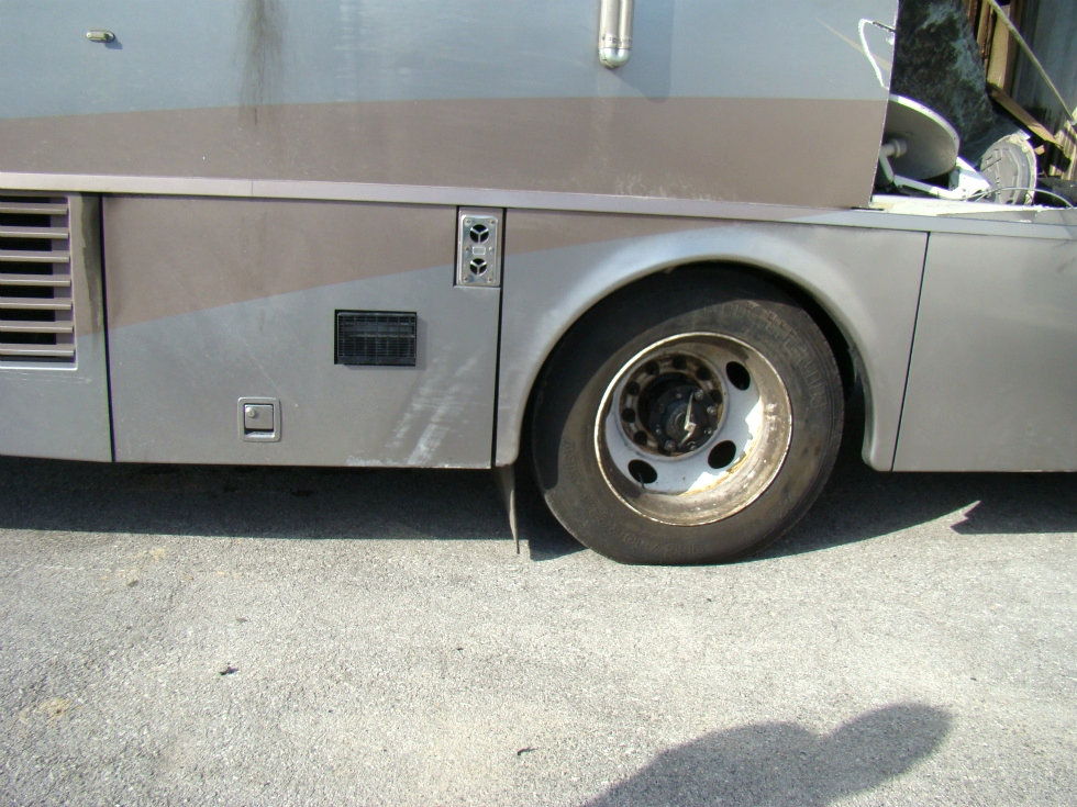 ITASCA MERIDIAN MOTORHOME PARTS USED SALVAGE 2004  RV Exterior Body Panels