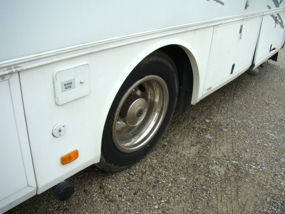 HARNEY RIATA PARTS FOR SALE YEAR 2000  RV Exterior Body Panels