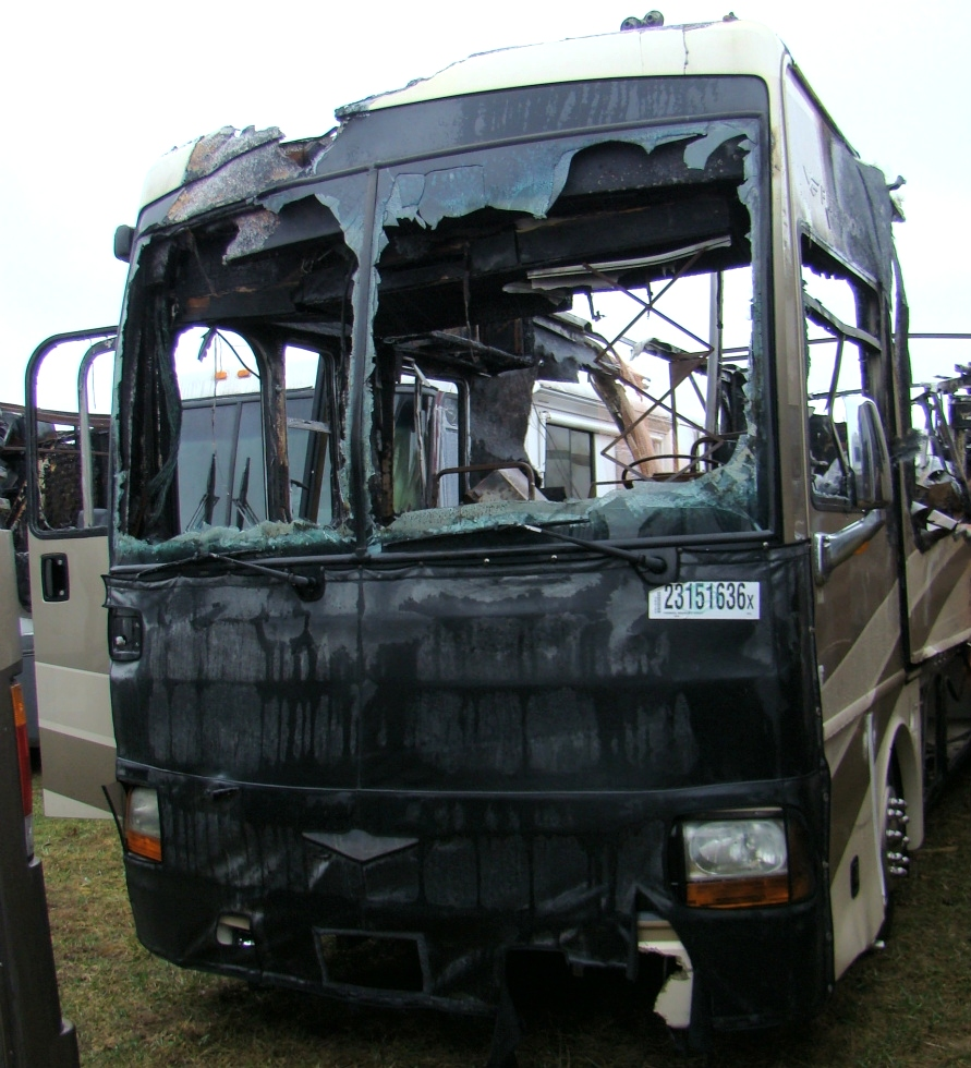 2007 FLEETWOOD DISCOVERY PARTS FOR SALE - VISONE RV SALVAGE YARD  RV Exterior Body Panels