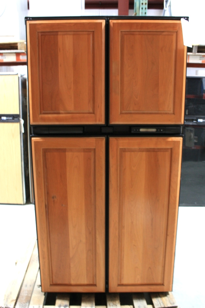 USED NORCOLD WOOD PANEL 2117IM MOTORHOME REFRIGERATOR FOR SALE RV Appliances