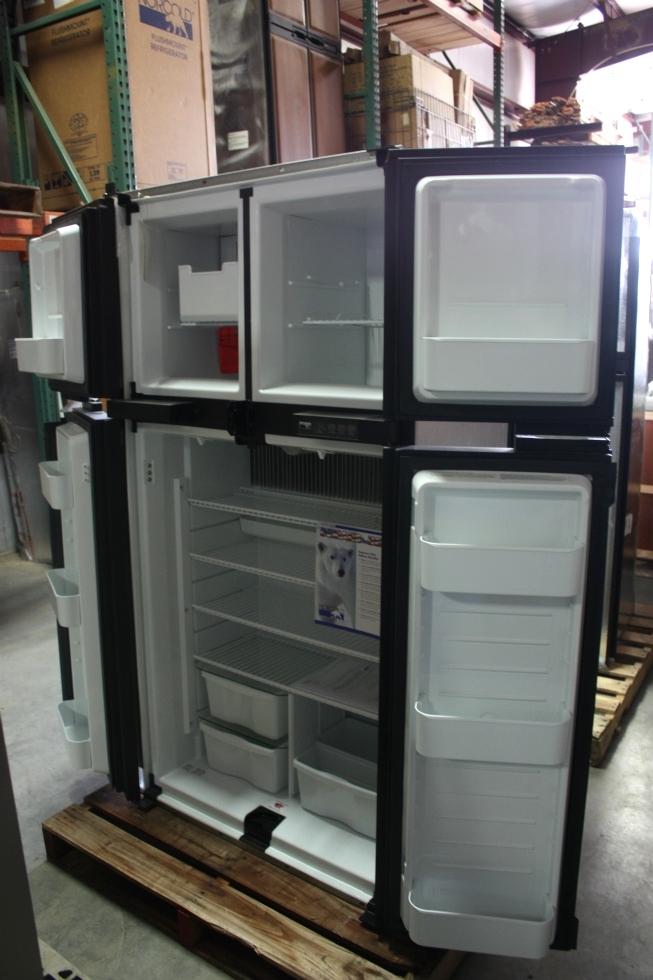 Rv Refrigerator For Sale >> Rv Appliances Norcold 1210im Four Door Rv Refrigerator For Sale Rv