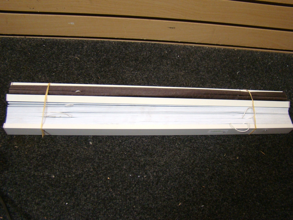 USED RV OR HOME FLEETWOOD WHITE BLINDS 24 1/2 RV Interiors