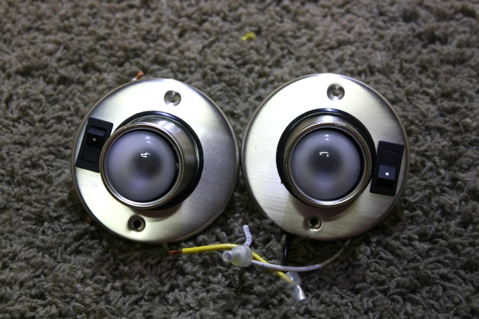 USED MOTORHOME SET OF 2 SWIVEL READING LIGHT FIXTURES FOR SALE RV Interiors
