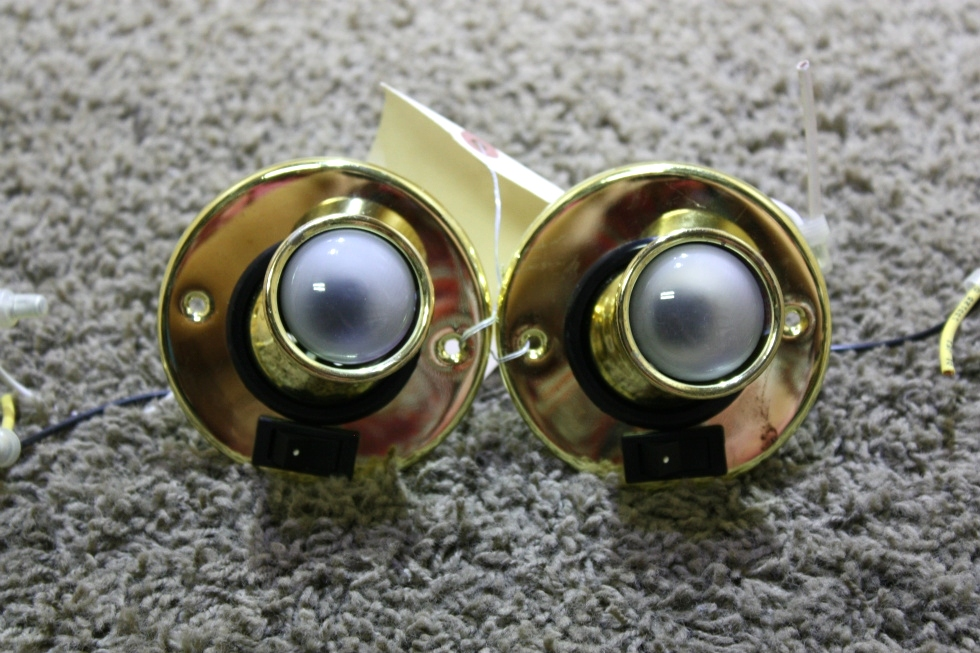 USED SET OF 2 MOTORHOME INTERIOR SWIVEL READING LIGHTS FOR SALE RV Interiors