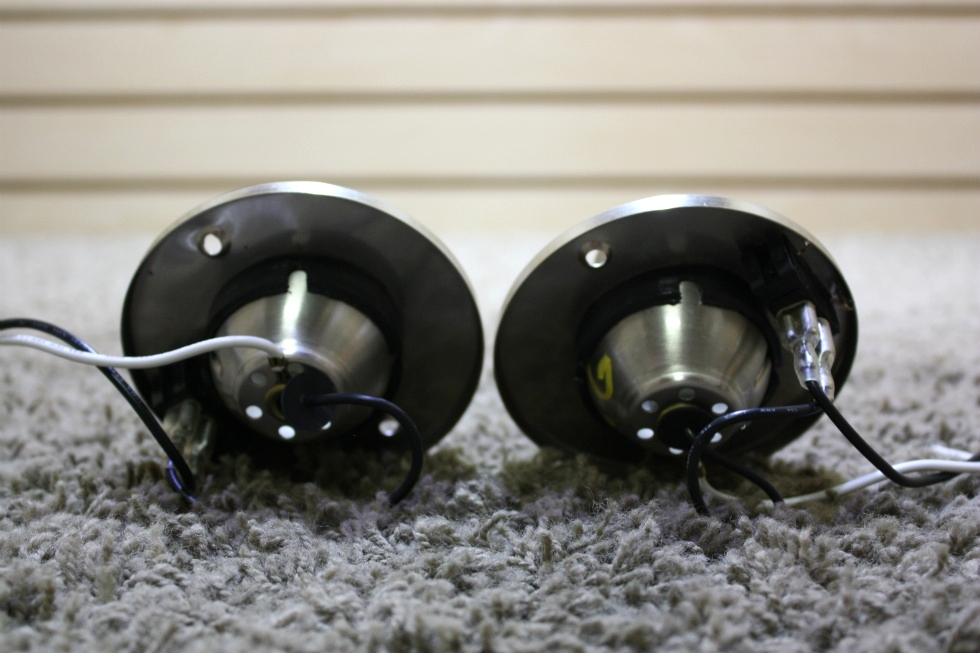 USED SET OF 2 SWIVEL READING LIGHT WITH ON/OFF SWITCH MOTORHOME PARTS FOR SALE RV Interiors