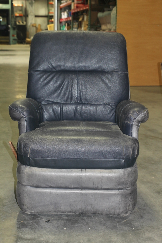 USED RV/MOTORHOME BLUE LEATHER PREVOST SWIVEL RECLINING CHAIR *RECOVERABLE* RV Furniture