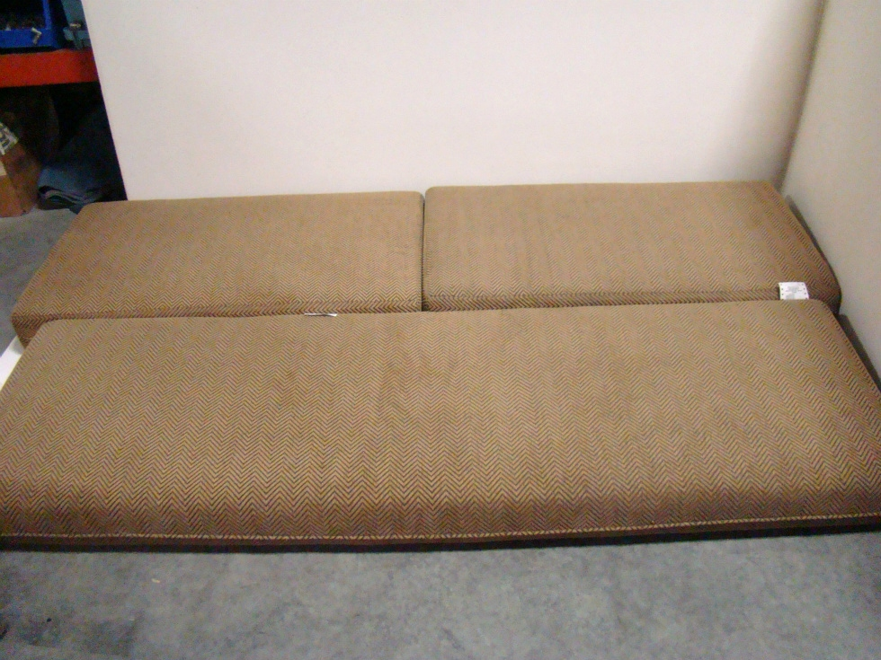 USED RV/MOTORHOME FURNITURE 3 PC DINETTE CUSHION SET FOR SALE RV Furniture