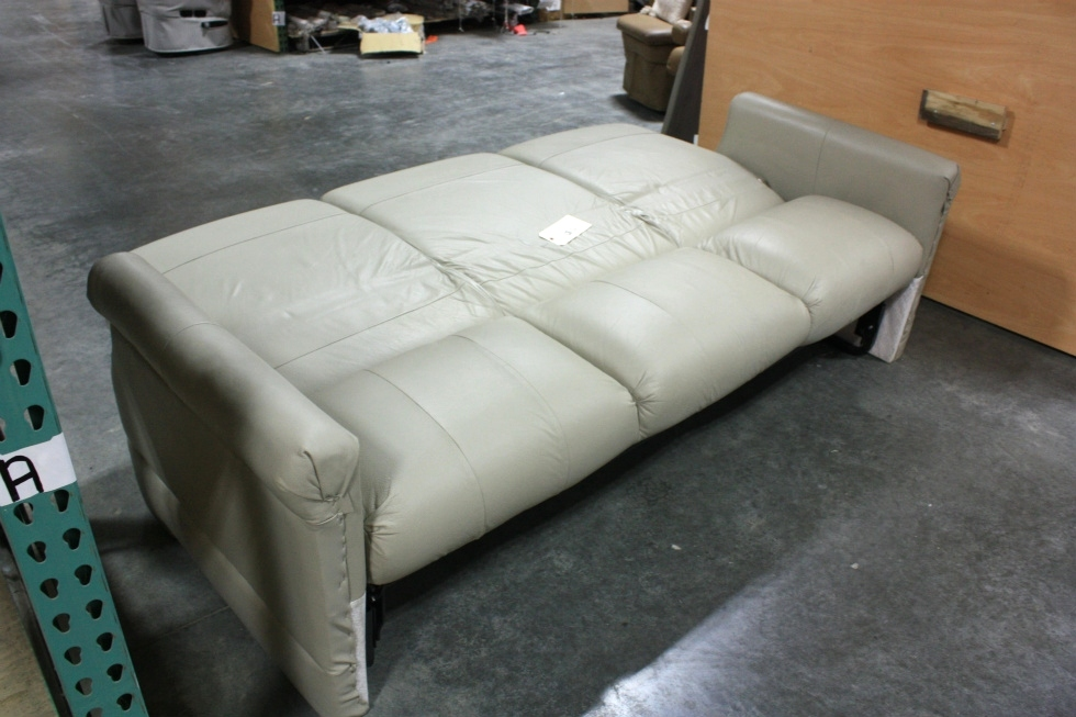 Attrayant USED RV FLEXSTEEL TAN VINYL JACK KNIFE SLEEPER SOFA FOR SALE