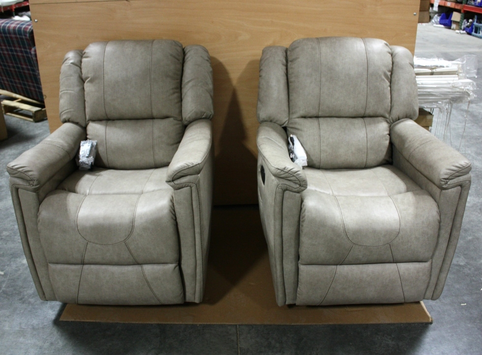 THOMAS PAYNE LEATHER VINYL SWIVEL GLIDER RECLINER SET FOR SALE RV Furniture