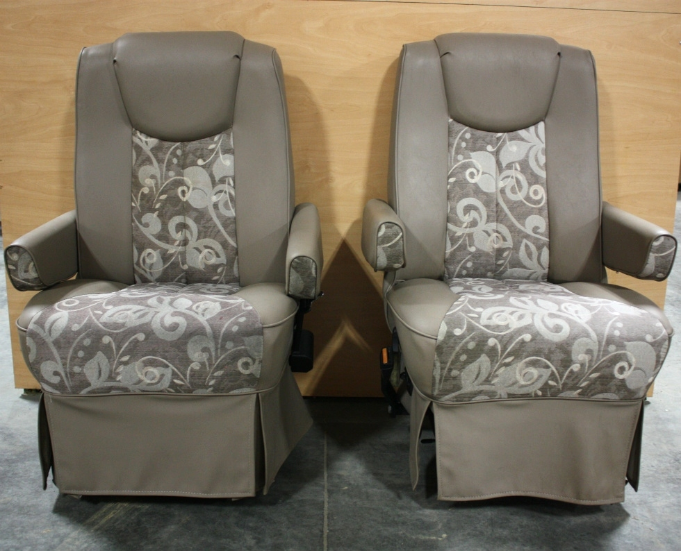 USED RV VINYL & CLOTH SET OF 2 CAPTAIN CHAIRS FOR SALE RV Furniture