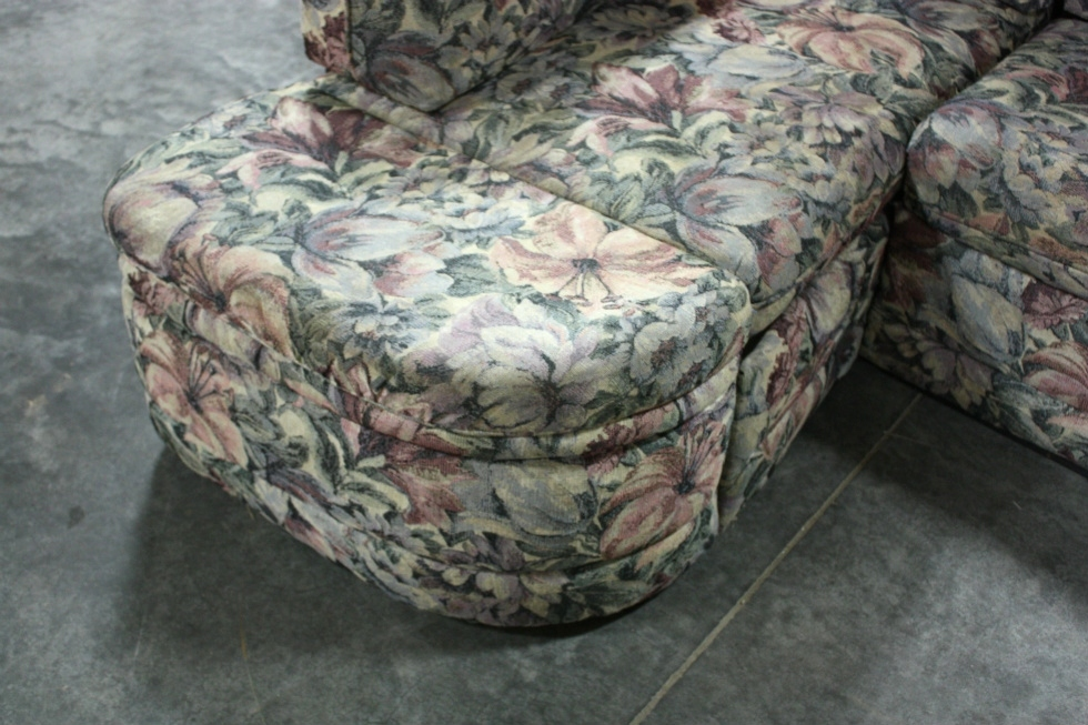 USED RV CLOTH FLOWER PATTERN J-LOUNGE FOR SALE RV Furniture